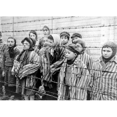 Тематична екскурсія «Ті, що пройшли крізь пекло. Черкащани – в'язні нацистських концтаборів»